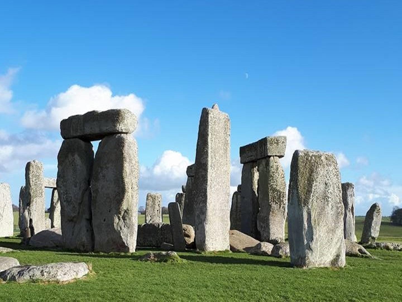 Stonehenge - Avalon 2 3